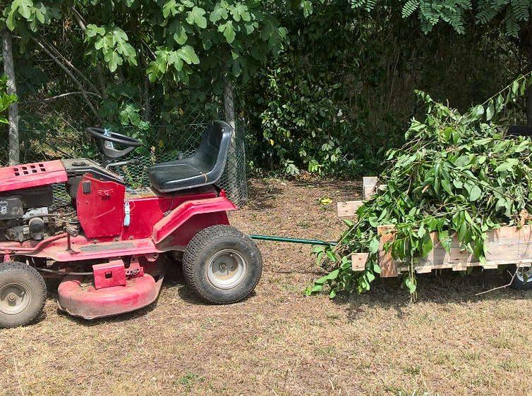 Remorque pour tracteur tondeuse à partir d'un diable